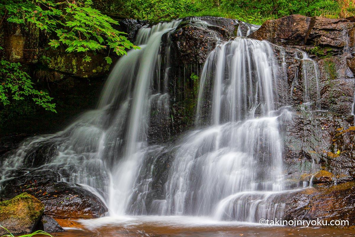 岩手県-樋の口の滝(一関市)