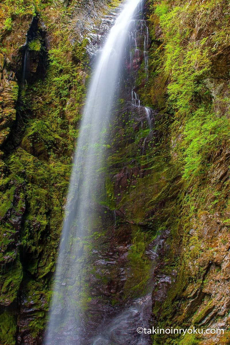 徳島県-神通滝(名西郡神山町)